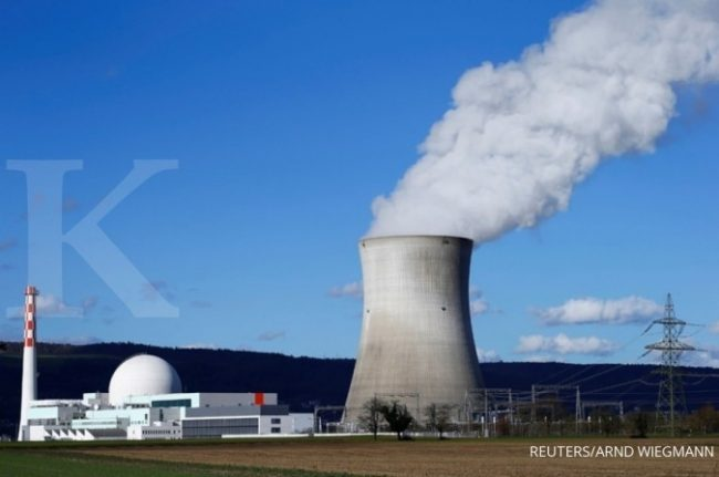A general view shows the nuclear power plant Leibstadt near the town of Leibstadt, Switzerland March 8, 2019. REUTERS/Arnd Wiegmann